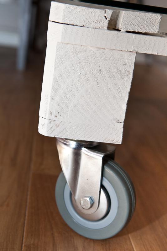 Diamond Head table wheel